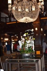 chandelier (533x800)