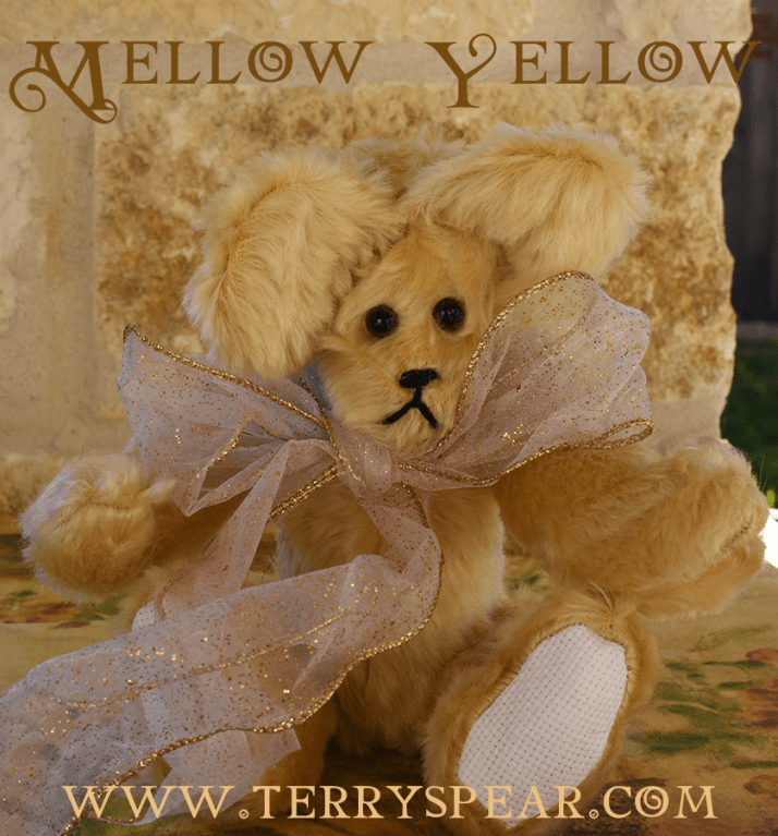 mellow-yellow-mohair-bear-900