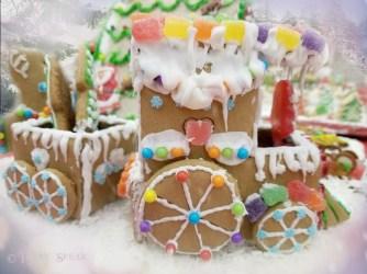 gingerbread train1