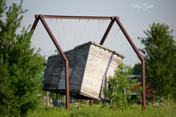 Dorothy's house in oz 1000 Minnesota 4100