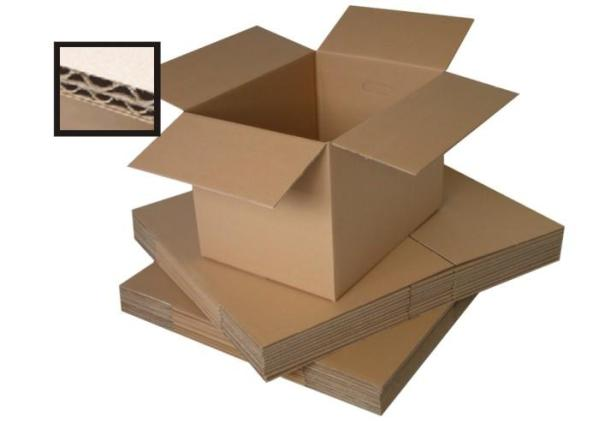 medium double walled box with small zoomed in section showing the corrugated cardboard