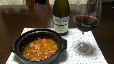 トマトのアヒージョとワイン