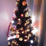 中年夫婦にもクリスマスツリーはあった方が良いの?癒しの効果!
