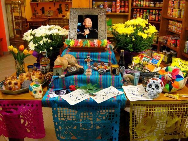 altares-de-muertos-in-italia-2016-torino-tlaloc