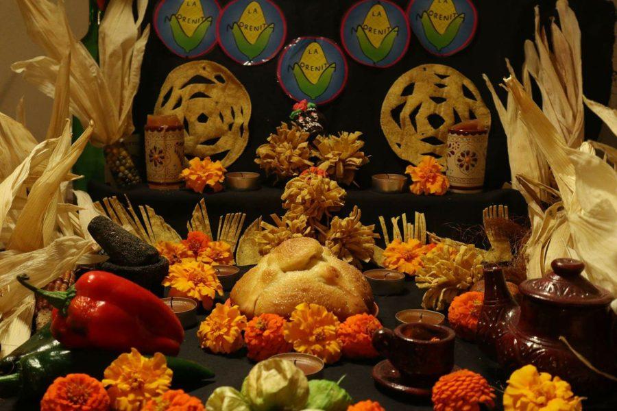 altares-de-muertos-en-los-hogares-de-la-red-alejandra-beker