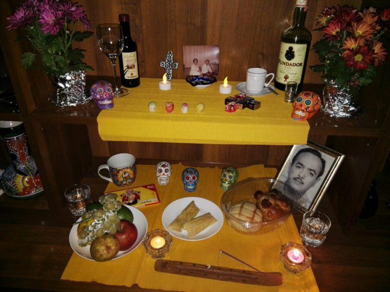 altares-de-muertos-en-los-hogares-de-la-red-maria-di-costanzo