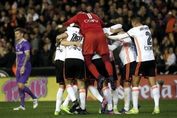 """Reali mposhtet në """"Mestalla"""", rihapet kampionati spanjoll"""