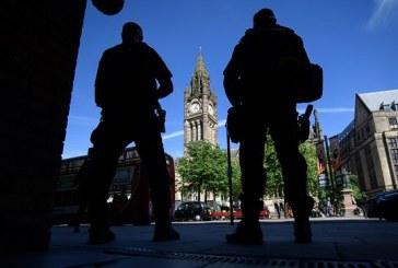 """""""Kritik"""" niveli i kërcënimit, Britania shton masat e sigurisë"""