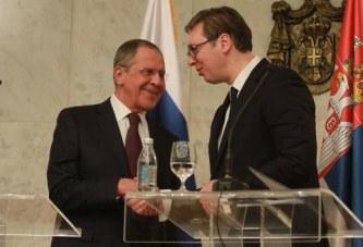 Lavrov ngre zërin në Beograd: nëse SHBA hyn në dialog për Kosovën, ne pas na ka