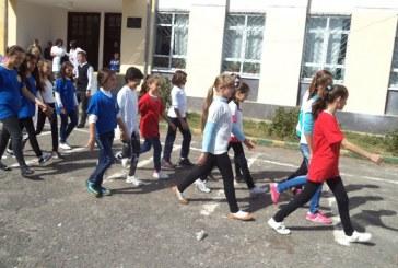 Dita e parë e shkollës, klasat kolektive trazojnë politikën