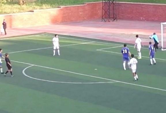 Çudia: arbitri bën gol, e quan të vlefshëm (video)