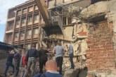 """Shembje në ish-hotel """"Adriatiku"""" në Mitrovicë, një jetë nën gërmadha"""