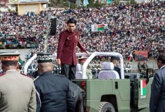 Madagaskar, parada e Pavarësisë kthehet në incident fatal: 16 jetë të humbura