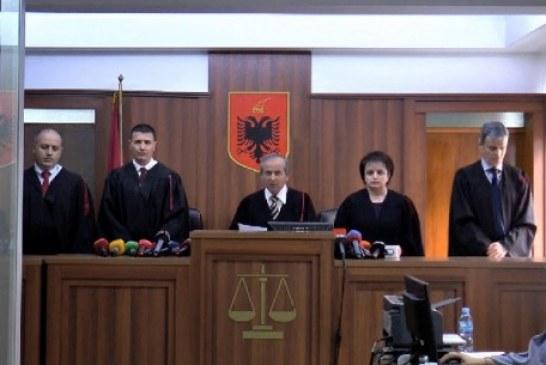 VERDIKTI/ Kolegji Zgjedhor rrëzon Metën: zgjedhjet më 30 qershor