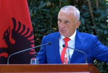 """IRRITIMI/ Meta iu rikthehet kërcënimeve me """"popull"""": ja me ç'sofizëm politik mbron kontraditën mbi parlamentin"""