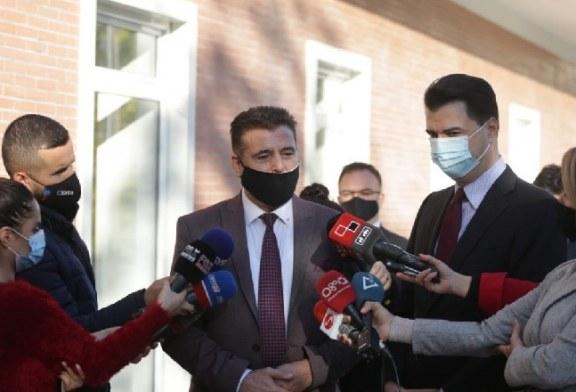Kreu i Mitrovicës avokon Bashën: nipi ynë, nderi ynë!