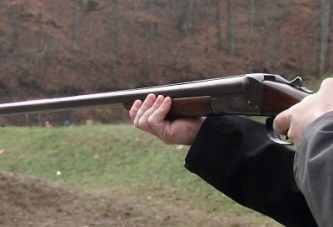"""Filmi """"Vrasje në gjueti"""", realitet në Bulqizë: emri i jetëhumburit"""