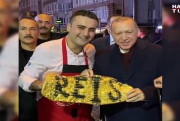 Kuzhinieri turk më famë: S'i reziston dot as Erdogani e as Ronaldo (pamje)