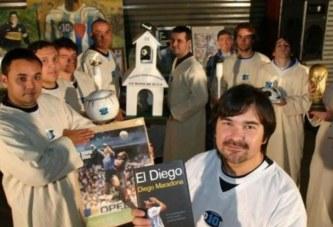 """Një kishë për """"fenë Maradona"""" në Meksikë"""