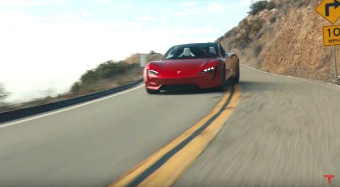 Roadster od Tesly bude mít horší zrychlení. 0-100 zvládne za 2,1 sekundy