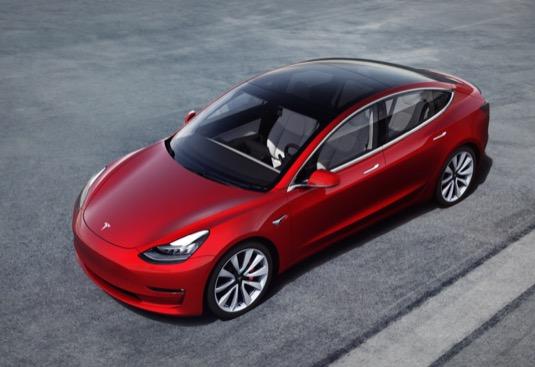Tesla pokořila čtvrtletní rekord, dodala celosvětově 95 200 aut; akcie stoupají