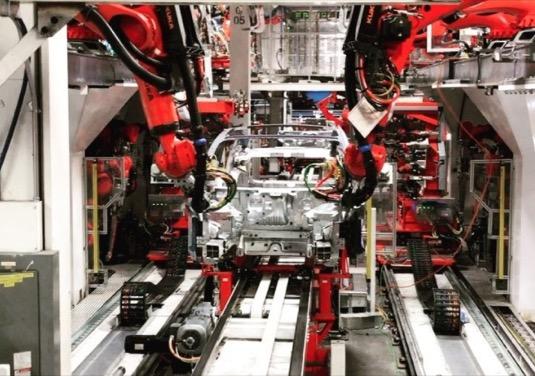 Tesla nezvládla dodat 100 000 aut za čtvrtletí. Rekord tedy nepadl
