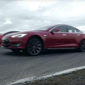 Tesla Model S P85D Versus Australia's Fastest Four-Door Sedans – Race Video