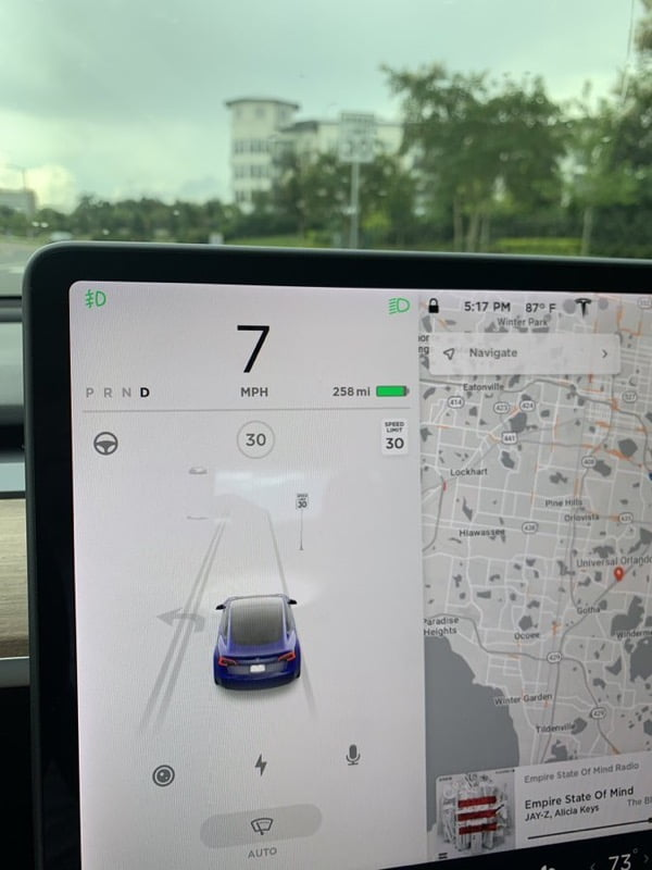 Mazda Green Bay >> Tesla 2020.36 Update: Demo of Green Traffic Light Chime ...