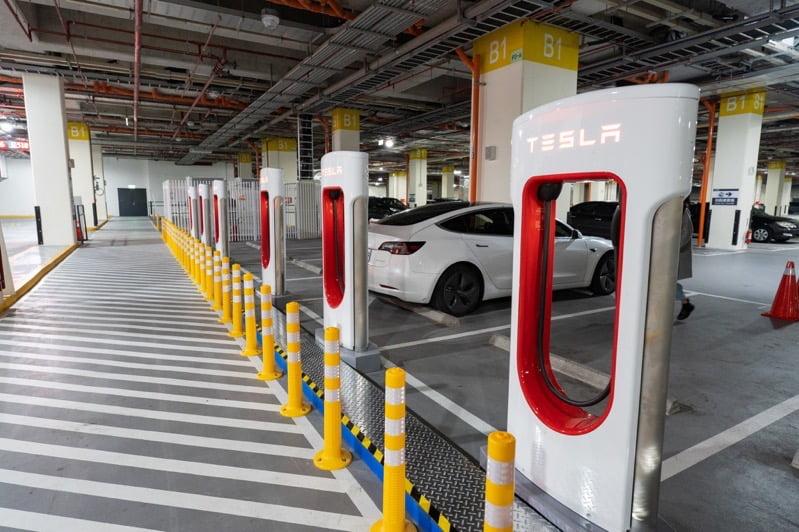Taipei supercharger 2