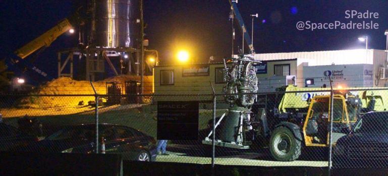 Ракета SpaceX Starship получила новый двигатель Raptor для дебютного теста в стиле Starhopper