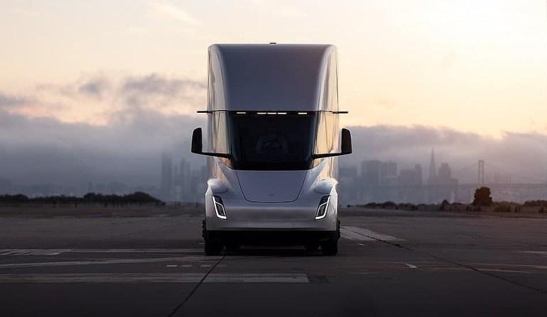 Tesla должна отказаться от Semi и в первую очередь сосредоточиться на «вопросах качества» своих автомобилей: аналитики
