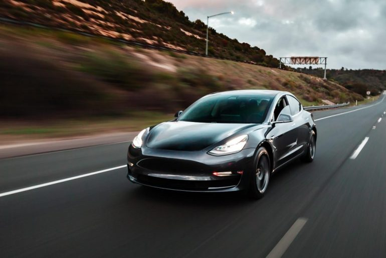 Слухи о предвзятости шоссе Tesla из Китая опровергнуты дорожными властями