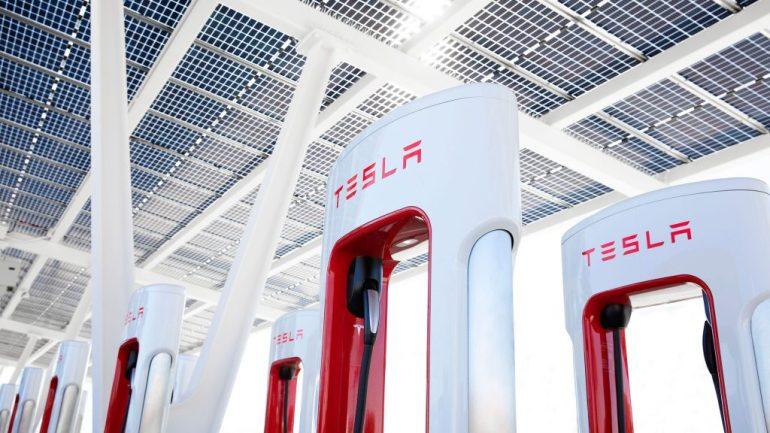 Tesla официально планирует войти в ресторанный бизнес