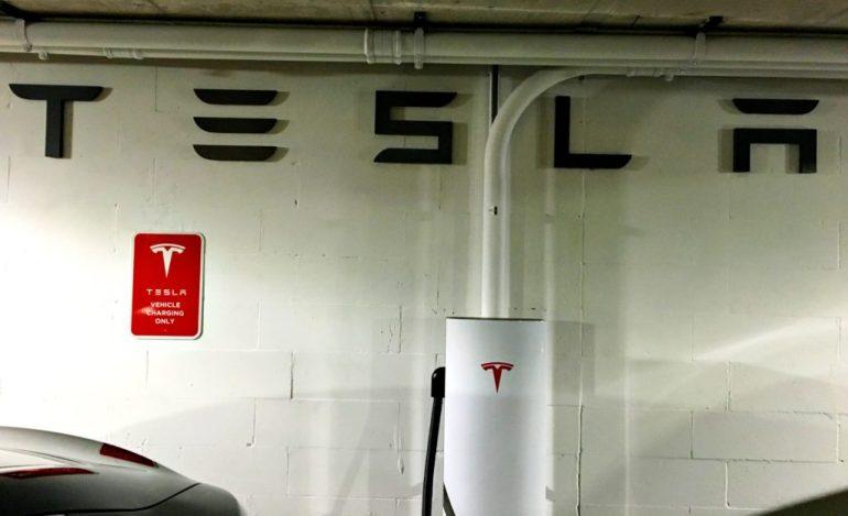 Tesla потеряла главного адвоката Линн Миллер из-за стартапа в области автономных грузоперевозок