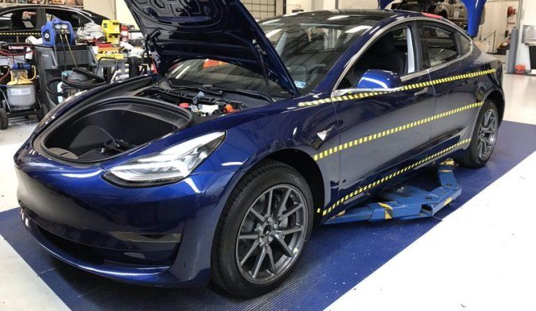 Tesla стремится добиться лучших результатов по всем подкатегориям и отдельным показателям в тестах безопасности IIHS.