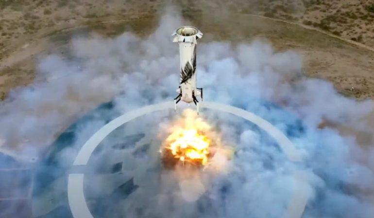 Blue Origin запускает первых суборбитальных туристов после шести лет и 15 испытательных полетов