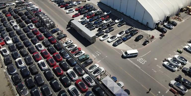 Поставки Tesla Model S Plaid и Long Range временно приостановлены: отчет