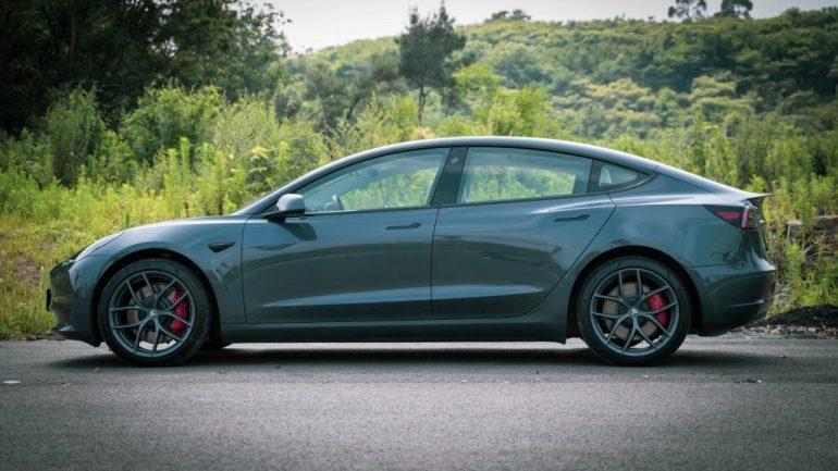 Tesla убрала двойной мотор Model 3 Long Range из китайского конфигуратора