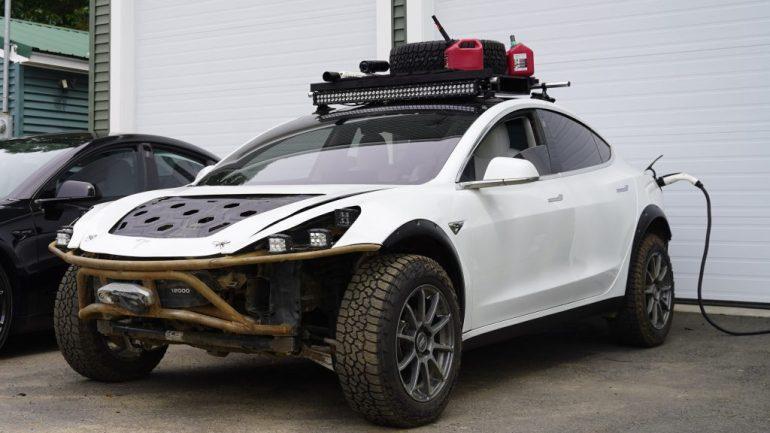 Механика изгоев Tesla превращается в безумную перестройку безумного Макса