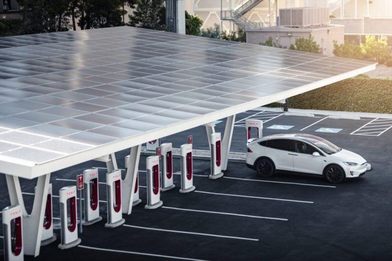 Tesla получит право на получение фонда для зарядки электромобилей в размере 7,5 млрд долларов, поскольку Сенат примет закон об инфраструктуре