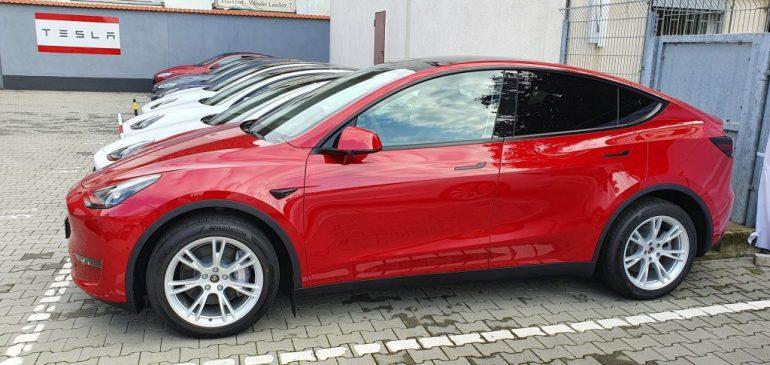 Вторжение Tesla Model Y в Европу начинается