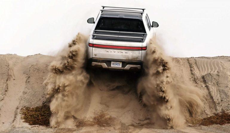 Полная масса Rivian R1T делает его «сверхмощным» грузовиком весом 8,5 кг.