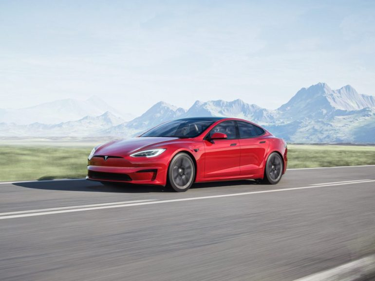 Страхование Tesla может появиться в Техасе в следующем месяце, в Нью-Йорке в 2022 году