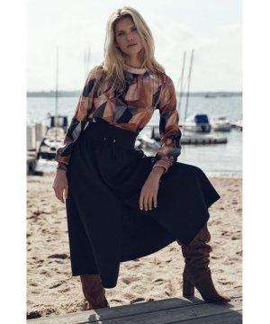 Figl Black long flared skirt