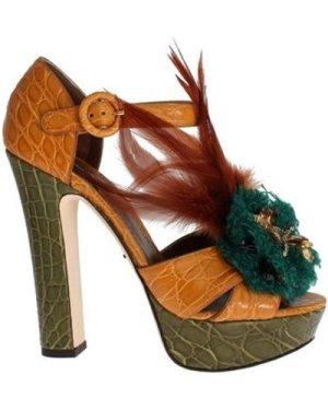 D G  -  women's Court Shoes in multicolour