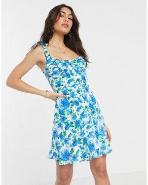 Fashion Union mini dress in floral print-Blue