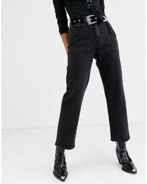 Object straight leg jean in black