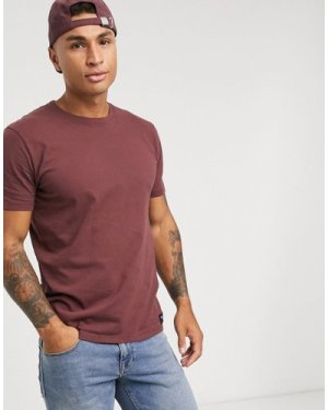 Abercrombie & Fitch icon crew t-shirt in burgundy-Red