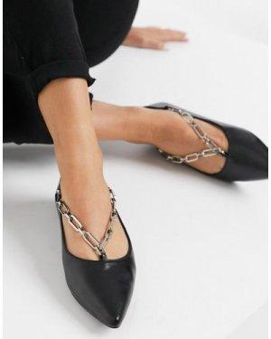 London Rebel Ballet Flat with chain-Black