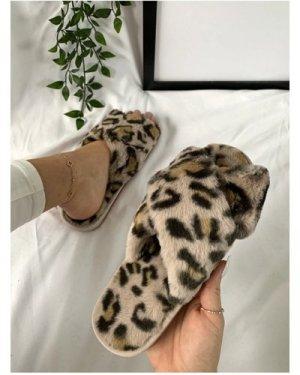 Cream Leopard-Print Faux-Fur Crossover Slippers size: L, colour: Cream